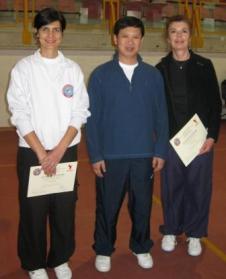 G. Maestro Yang Jun con Anna Siniscalco e Teresa Zuniga