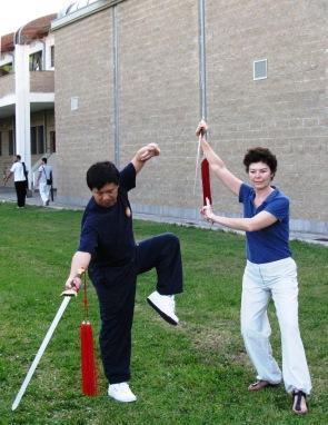 G. Maestro Yang Jun e Teresa Zuniga